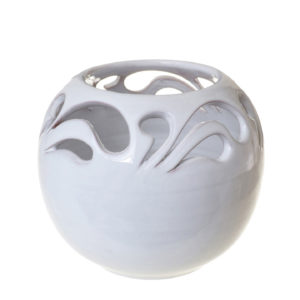 Ваза-шар резная белая